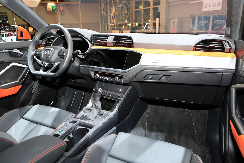 Nội thất Audi Q3 45 TFSI 2019